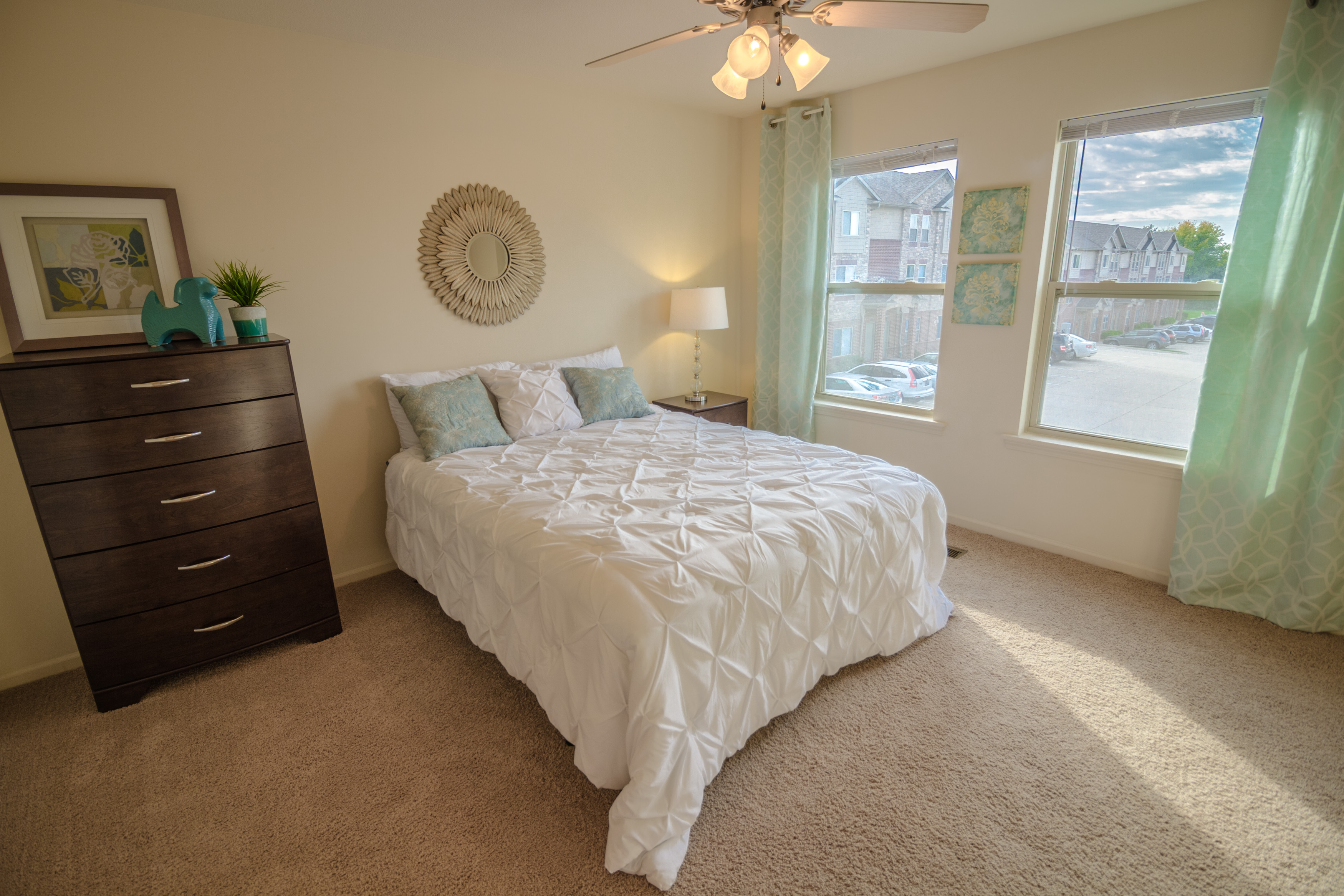 Townhomes columbia mo 4 bedroom the pointe rock quarry - 1 bedroom apartments columbia mo ...