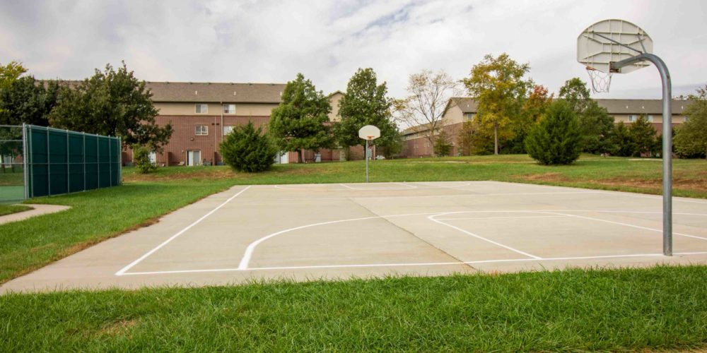 apartments with basketball court